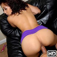 8thstreetlatinas denice Play Time