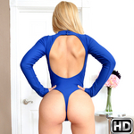 8thstreetlatinas presents goldie in episode: Goldie Glutes