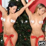 8thstreetlatinas presents lunna2 in episode: Santas Helper