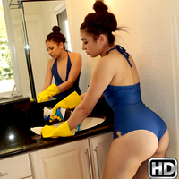 8thstreetlatinas presents sashawoodyhaven in episode: Sexy Sasha