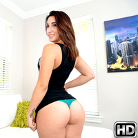 8thstreetlatinas presents victoriarox in episode: Full Service