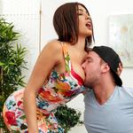 bigtitsboss.com aaliyahhadid050217