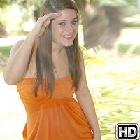 Carmen Hayes in CumFiesta.com