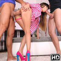 Isabella in EuroSexParties.com