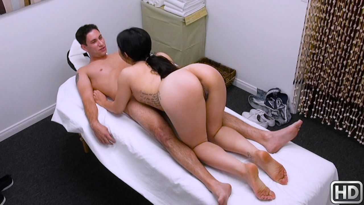 happytugs presents naughty-finish-with-nari in episode: Naughty Finish With Nari
