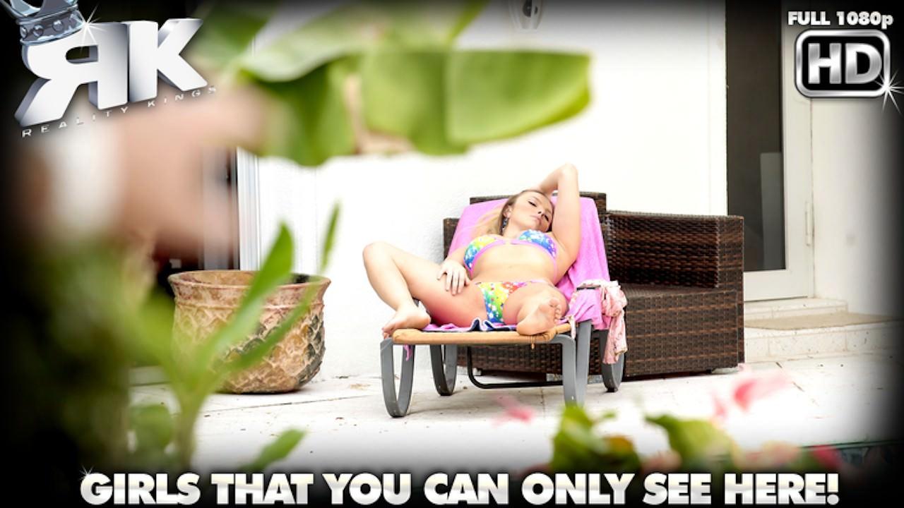 hotbush presents luscious-layna in episode: Luscious Layna