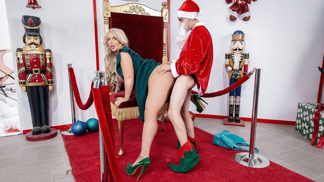 lilhumpers presents the-naughtiest-lil-elf-with- in episode: The Naughtiest Lil Elf with ,