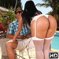 mikeinbrazil presents alexandra2 in episode: White Hot