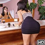 mikeinbrazil presents biancca in episode: Sink Banging