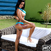 mikeinbrazil presents islavoika in episode: Warm and Wet