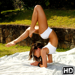 mikeinbrazil presents kamilla3 in episode: Fuckable Yoga