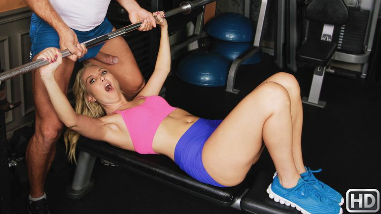 milfhunter presents aaliyahlove031918 in episode: Hot Milf At The Gym