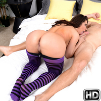 milfhunter aleksa Stripping Stripes