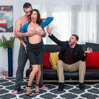 Alexis Fawx in milfhunter episode: Garden Milf