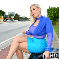 milfhunter presents angelallwood in episode: Thick and Thirsty