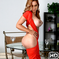 Gabriela in MilfHunter.com