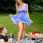 milfhunter presents hollyheart in episode: Picnic Pussy