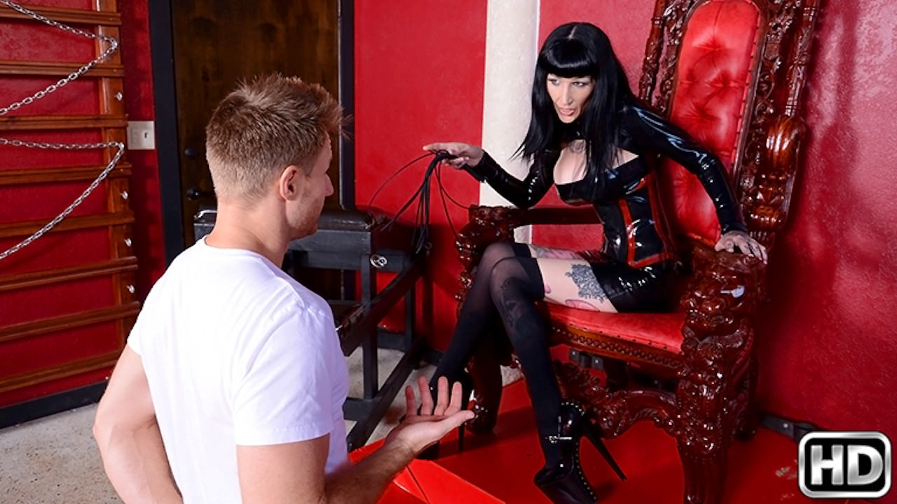 milfhunter presents meat-lover in episode: Meat Lover