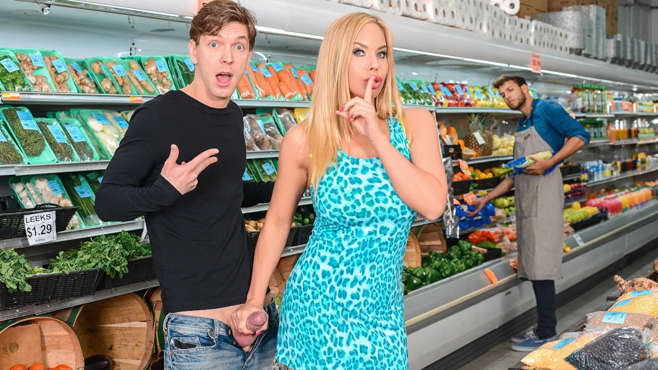 milfhunter presents produce-aisle-poonani in episode: Produce Aisle Poonani