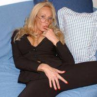 Katerina in MilfHunter.com