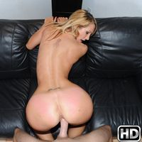 milfhunter presents stephany in episode: Super Spread