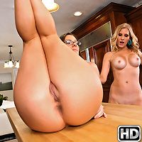 milfnextdoor presents mandi in episode: Kissing Mrs Mandi