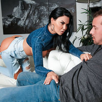 monstercurves presents jasminejae112918 in episode: Too Thicc For Skinny Jeans