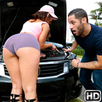 monstercurves presents kelsi6 in episode: Broken Down Hottie