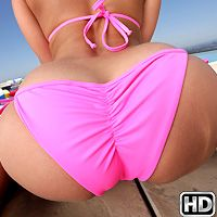 Liza Del Sierra in MonsterCurves.com