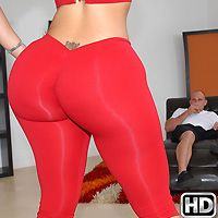 monstercurves presents raquel in episode: Amazing and Able