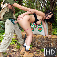 monstercurves presents sidneyalexis070517 in episode: Target That Ass