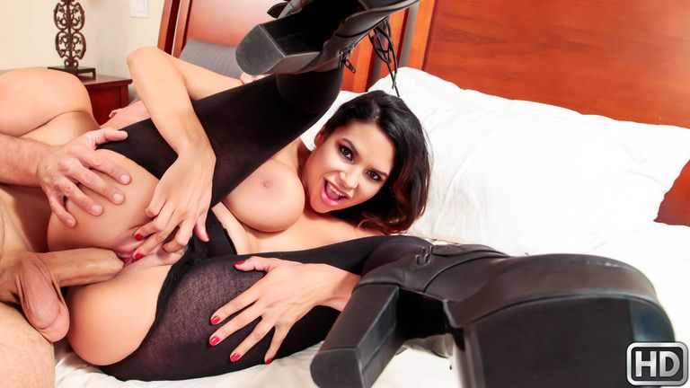 rkprime presents missymartinez102317 in episode: One Hot Robber