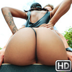 roundandbrown presents harleydean012618 in episode: Teach Me How To Grind