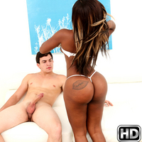 Harmonie Marquise in roundandbrown episode: Bomb Booty