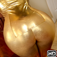 roundandbrown presents jamiesullivan in episode: Golden Booty