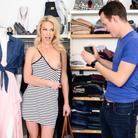 sneakysex presents sydneyhail021318 in episode: Shopping With Bae