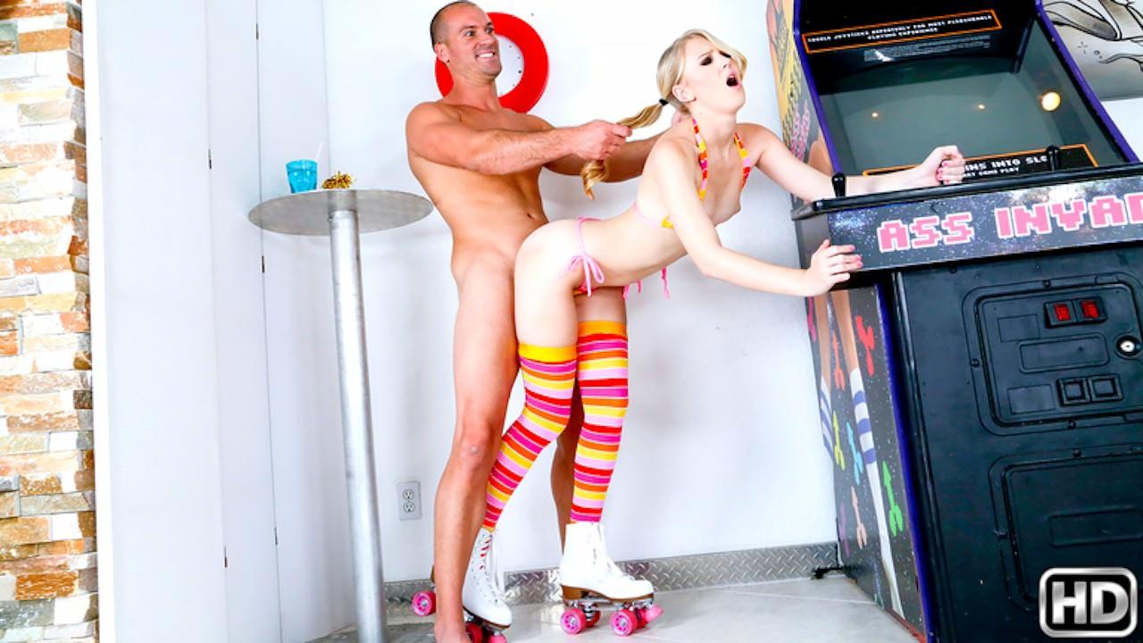 teenslovehugecocks presents pinball-roller-girl in episode: Pinball Roller Girl