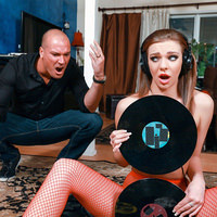 teenslovehugecocks presents tiffanywatson051618 in episode: Vinyl Vixen