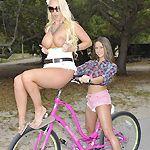 www.welivetogether.com rachelroxxx