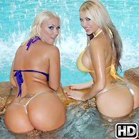 Molly Cavalli in WeLiveTogether.com